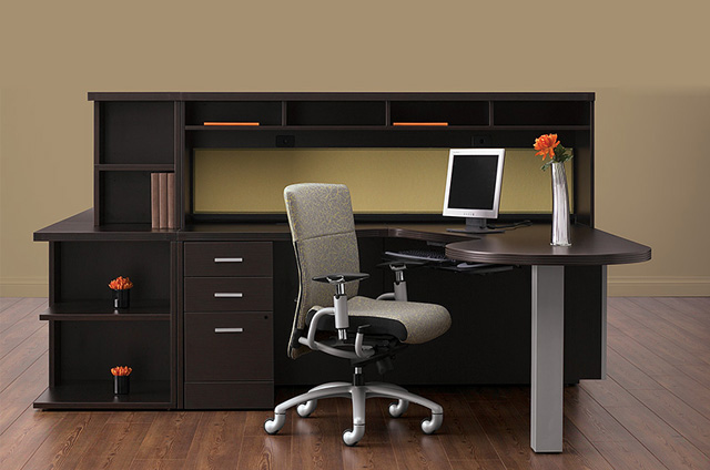Contemporary Desking Solution for Every Working Style. Very Versatile.